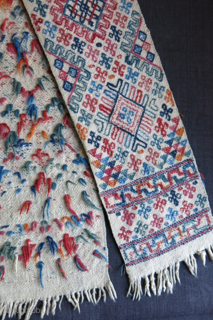 "Bhutanese fine wool sash. All saturated natural colors. Circa 1900 - size : 72"" - 6.5"" - 182 cm X 17 cm"