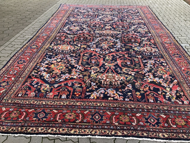 Large Antique Persian Mahal carpet in good condition, size: 505x305cm / 16'6''ft x 10'1ft  www.najib.de