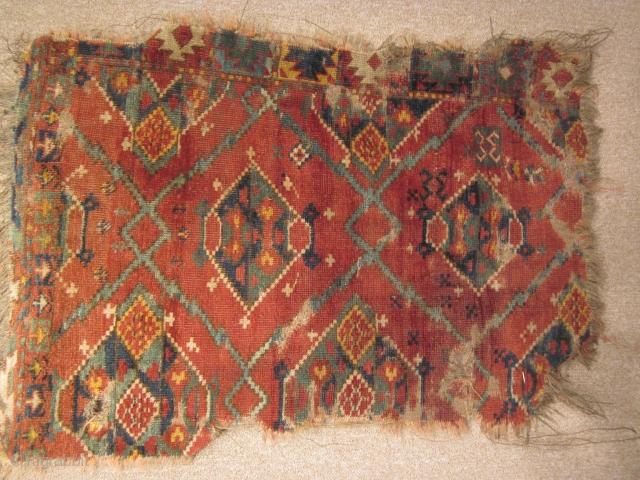 Turkmen, ersari corner frag, 26 by 57 inches, mid-19thC
