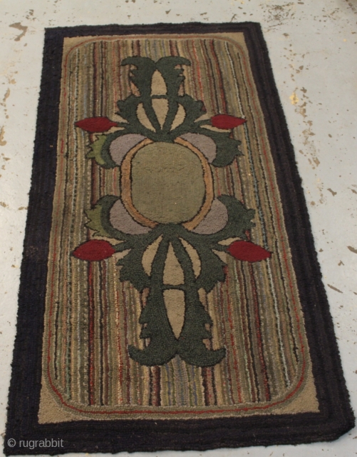 Nice antique American hook rug size 220cmx110cm.