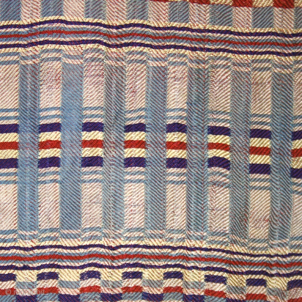 Rda men's ceremonial wrap (fragment?) cod. 0485. One of the new items just posted on my website www.nonplusultra.cloud. Silk. Arab or Jewish people. Mahadia area. Tunisia. Early 20th. century. Very good condition.  ...