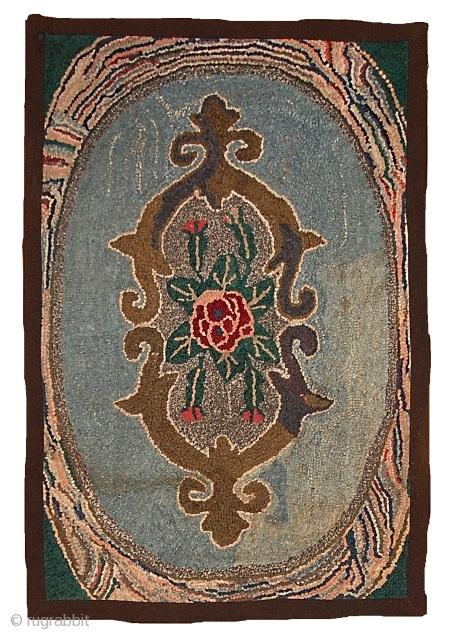 #1C15  Handmade antique American Hooked rug 1.10' X 2.9' ( 58cm X 88cm ) C.1900