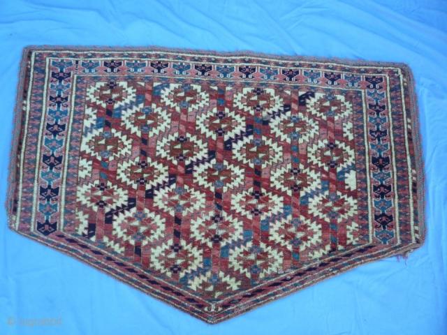 Turkoman Asmalik rug 2.5' x 3.9' ( 76cm x 119cm)  1860