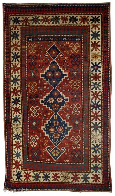 #1B558  Handmade antique Caucasian Kazak rug 3.11' x 6.1' ( 121cm x 186cm ) 1900.C