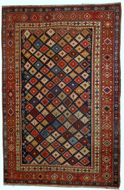 #1B559 Hand made antique Caucasian Shirvan rug 4' x 5.5' ( 122cm x 167cm ) 1910.C