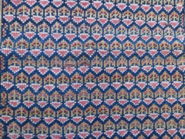 Shasavan bag face,65 x 63 cm . www.eymen.com.tr