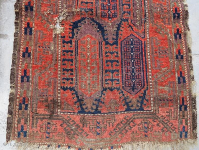 Antique Beluch rug with dammage,138 x 90 cm