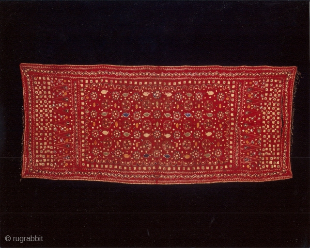 Indonesian textiles Indonesia 005 – (210cm x 88cm – 83in x 35in) pelangi, shoulder cloth and shawl Malay people, Palembang region, south Sumatra, silk, natural dyes tie dyeing, painting, stitch resist dyeing, approx.  ...