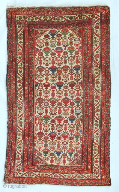 Excellent Persian Malayer rug in nearly perfect condition. Circa 1850-70.
