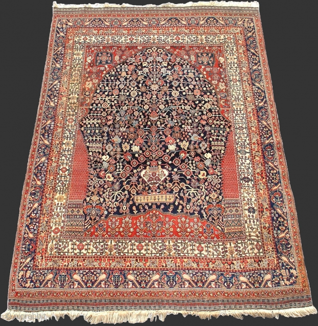 Superior Qashqai 'Millefleurs' Directional Rug, Exceptional Drawing, Fantastic Condition.