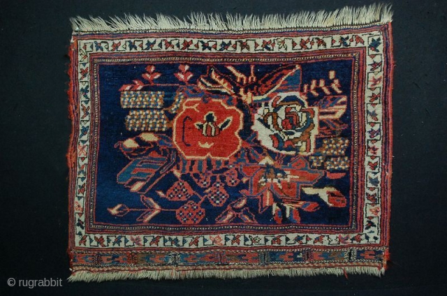 1880 Afshari bag face with the prominent Gul Frange [French Rose] in very good condition Size: 78cm 60cm or 31×23 inches All wool, natural dyes.