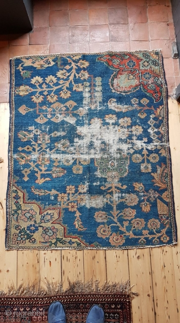 A large 140x110cm Sarough or possibly Sarough Moharajan wagireh. End of the 19th or the begining of the 20th century  Will accept trade too