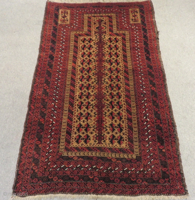 Antique Baluch Prayer Carpet Size.185x108cm