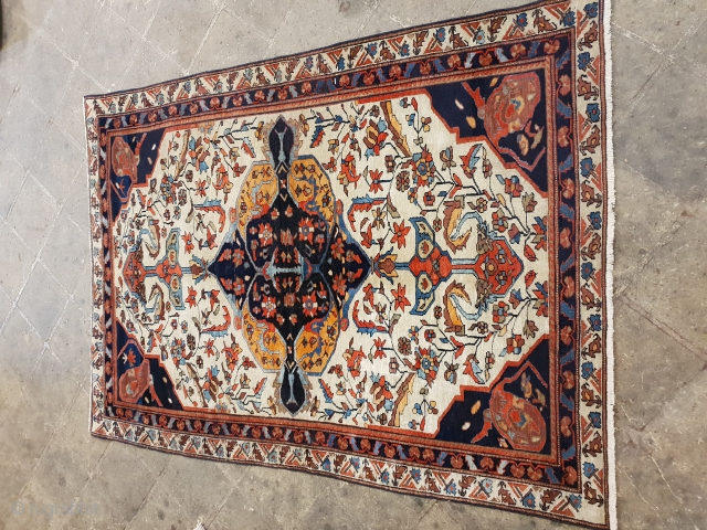 Malayer rug , no repairs