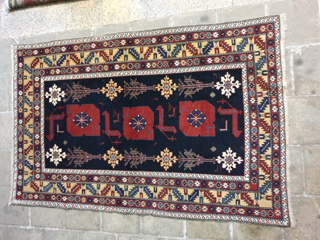 Caucasus wool foundation rug Early 19th century  Excellent condition  162 * 105 cm