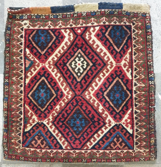 Sanjab single bag with intresting back Fine wool, natural colors,size: 53 * 50 cm Circa 1950 excellent condition  Collectible item