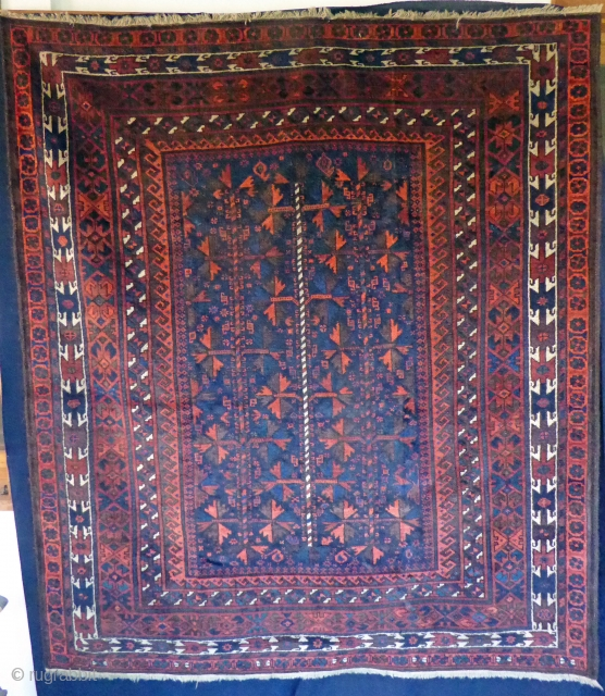 Ref 1515 Timuri carpet of unusual dimensions. 5'7 x 4'10 - 170 x 150 In good condition with some expert restoration. Natural dyes.