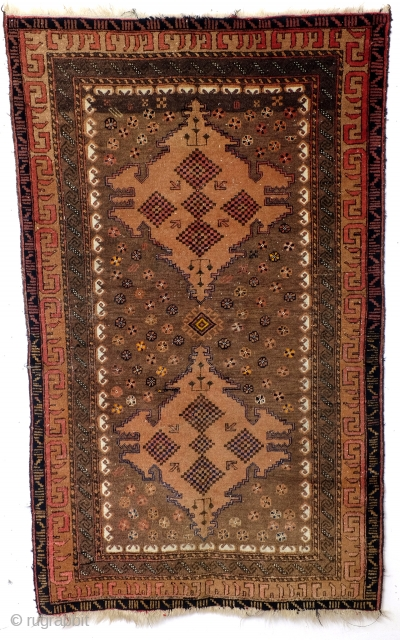 الل . الل Belouch, Beshir? Mainly natural camel wool colors. 