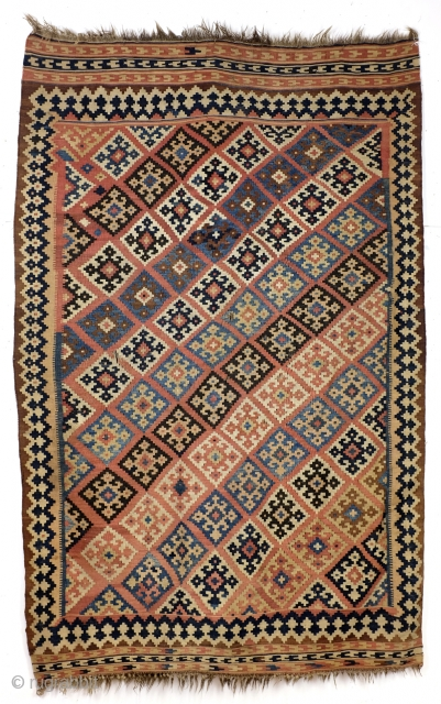 Kilim Qashqai, antique - 1900, 260 x 165 Cm. - 8.6 ft. x 5.5 ft. natural colors. 
