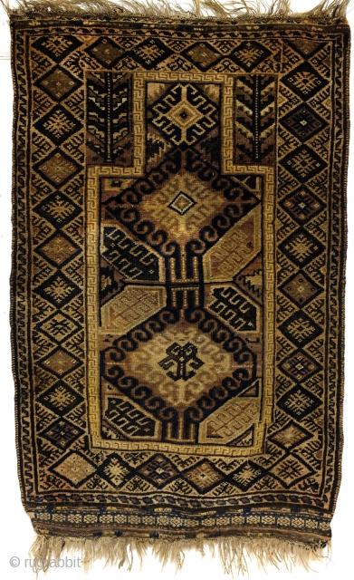 Prayer rug, Beloudj.  late 19th century.  140 x 86 cm   4.6 ft. x 2.8 ft.