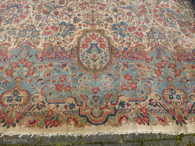 "Kerman Lavar oversized rug, 595 x 422 cm., 19'8"" x 13'10"", ca. 1930's.