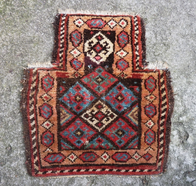 Kurdish Salt Bag front, ca. 1900, 42/28 x 39 cm. All natural dyes. One small damage ( see last two picts.)