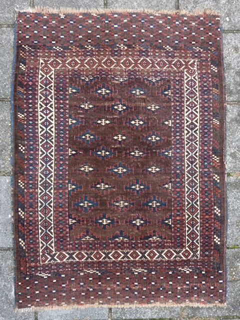 "Turkmen Yomud/Göklan (?) small rug, 122  x 89 cm., 48"" x 35"". With some wear.