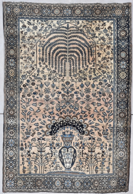 """Antique Fereghan Sarouk 4'7"""" X 6'6"""" #7940 This circa 1880 Fereghan Sarouk measures 4'7"""" X 6'6"""". It has a one way design the top of which is a modified prayer niche completely filled  ..."""