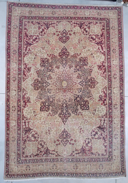 """#7524 Antique Kermanshah Persian Rug This circa 1880 antique Kermanshah Persian Oriental measures 9'6"""" X 13'9"""" (292 x 423 cm). It has a large pulled center medallion in ivory, rose, and indigo blue  ..."""
