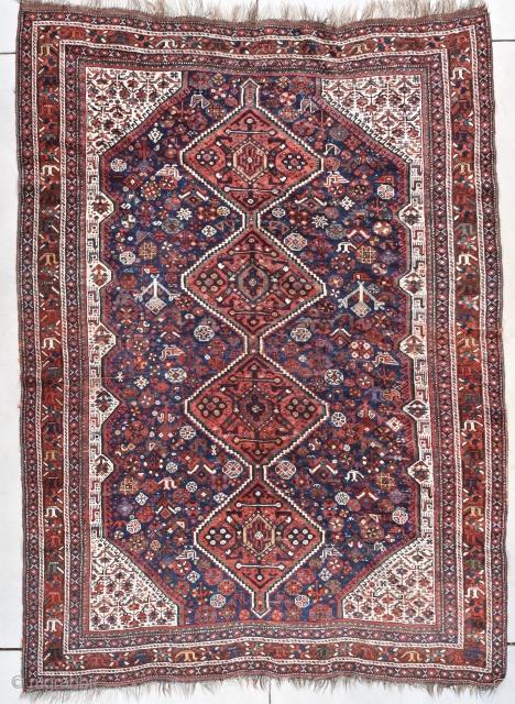 "#7756 Shiraz Rug  This circa 1930 Shiraz Oriental Rug measures 6'6"" X 9'0"" (198 x274 cm). It is a very nice looking Shiraz in a big size. The motif is four diamond medallions  ..."