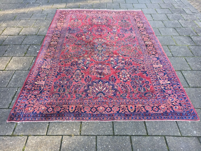Sarouk, size 185 x 270 cm, beautiful colors and in good condition o