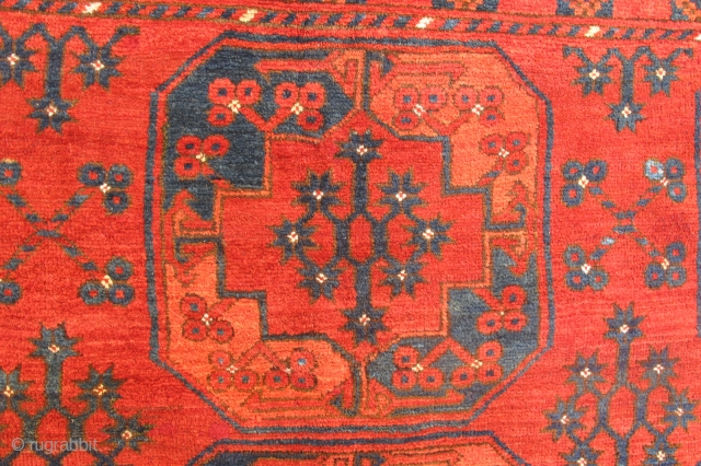 Antique Ersari rug wonderful colours and exellent condition all orginal and two head  very nice kilim  size 2,66x2,20 cm  and Circa 1880