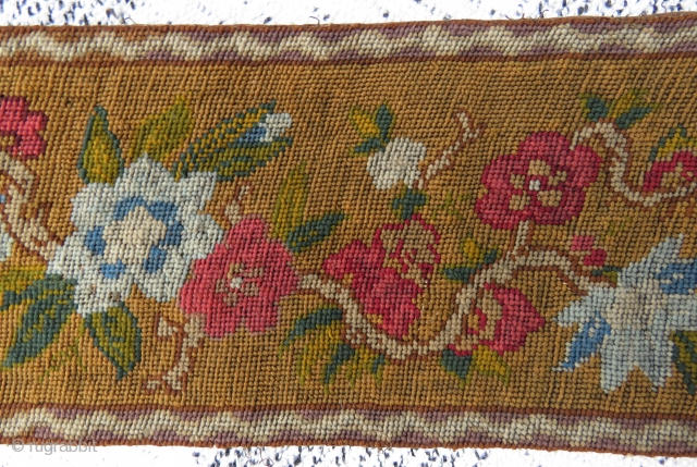 Antique tapestry technic belt wonderful colors and excellent condition all original size 1,23 x 15 cm Circa 1890-1900