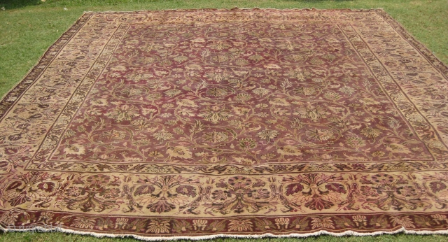 19th century Indian rug measuring 14 x 12 ft. condition wears