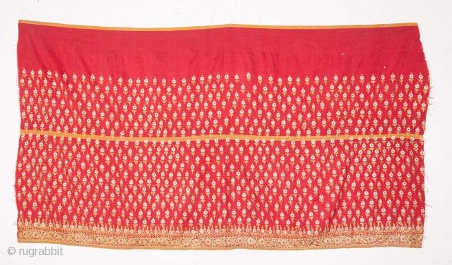 Silk Embroiderd Gujarat Skirt Panel Fragment 89 x 159 cm / 35 x 62 inches