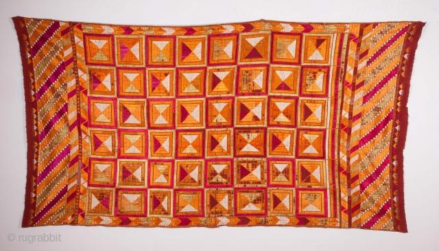 Phulkari 124 x 234 cm / 4'0'' x 7'8''