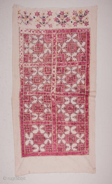Sind Embroidery, silk on Cotton 98 x 190 cm / 3'2'' x 6'2''