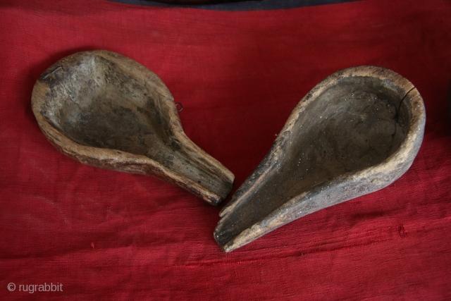 Kazakhstan,(Burkyt ayakh) Wooden utensils, to feed the berkut while hunting. 1920-30, size: 10-15 cm.