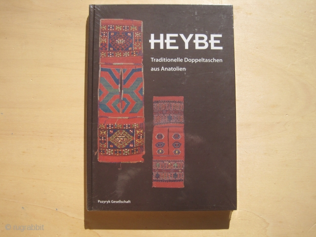 Bieber/Pinkwart/Steiner: Heybe (Anatolian Saddlebags), 2004   English title: Heybe -Traditional saddlebags from Anatolia  A high-informative exhibition catalogue of the Becker and Reichert collections of North-west Anatolian saddlebags.  Standard reference work on the subject!    Hardcover, 181 pages,  ...