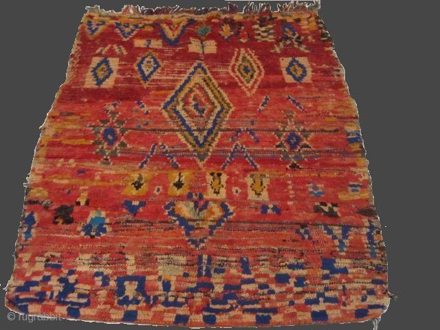 Moroccan Berber rugs - Azilal berber rug - Vintage Moroccan carpet - Azilal/High-Atlas/Morocco - wool handmade - Size: 130 x 110 cm - 4.3 x 3.7 ft  ATLAS KILIM BERBERE Gallery of berber rugs Toulouse  ...