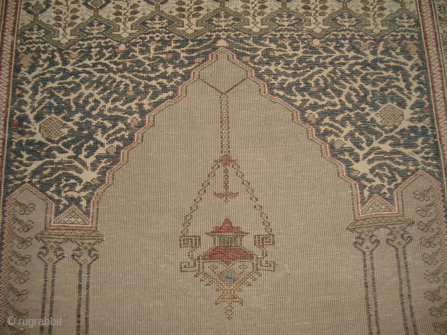 Bandirma/ Panderma prayer rug - probably around 1910 - fair condition - very decorativ - an elegant piece for the wall