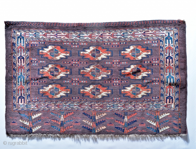 Antique aubergine Turkmen Yomud / Yomut Chuval. 