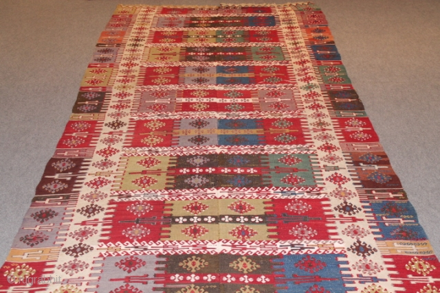 Fine antique Anatolian kilim wool and cotton on wool circa 1910.