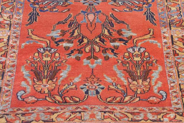 "Antique Persian Hamadan Malayer rug, 3'5"" x 4'10""ft. (104 x 147 cm.) circa 1900's, very good original condition."
