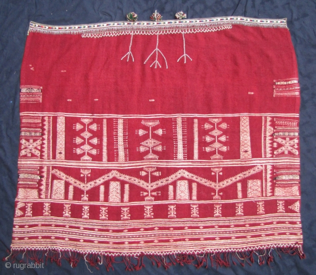bakhnuq, tunisian cape, about 1950, 148 x 118 cm, 58,26 x 46,45 inches, perfect condition