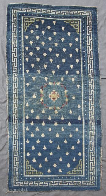 Tibetan rug (Khamdrum), Central Tibet (Tsang region), early type, first half 19th. century, 148 x 73 cm