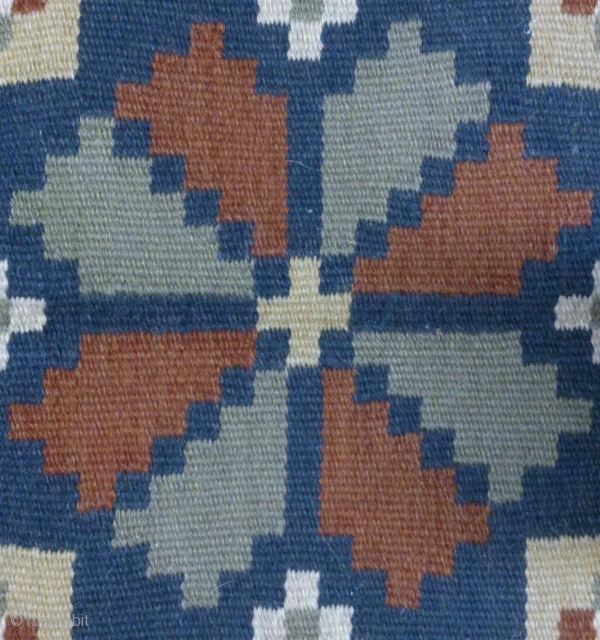 Antique Swedish kilim(Rolakan technique), no: 257, size: 41*45cm, wool on cotton, all natural colors.