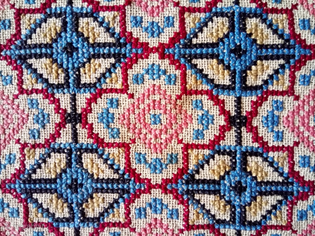 Antique Swedish cross stitch wool on linen, no: 381, size: 53*53cm.