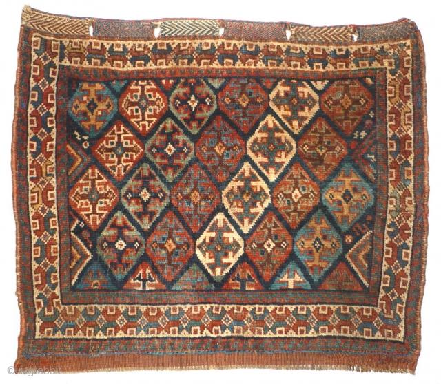 978 Khamseh Khorjin Front, 70/58 cm, Southwest Persia, last quarter 19th century, beautiful natural dyes. For more outstanding collector's pieces please visit our website:  www.oriental-textile-art.de