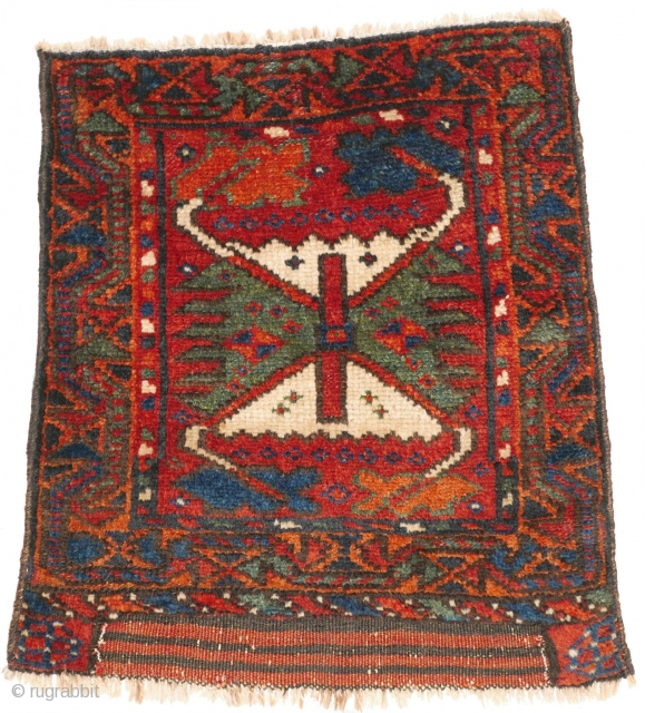 """# 1121 Rare Kurdish Khorjin Fragment, 41/47 cm, Varamin area, last quarter 19th century, sides not original, best natural dyes, """"crab border"""" as field design! For a complete overview of our Autumn  ..."""